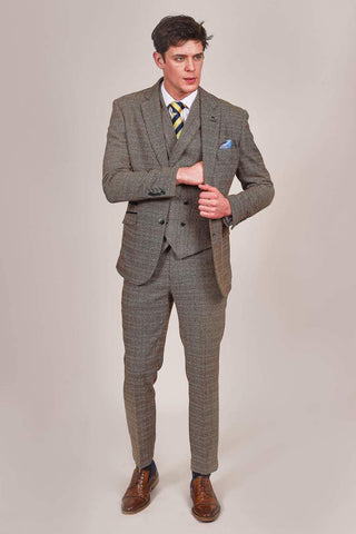 Cavani Ascari Tan Check Tweed Style Suit cavani-ascari-tan-check-tweed-style-blazer / cavani-ascari-tan-check-double-breasted-tweed-style-waistcoat / cavani-ascari-tan-check-tweed-style-trousers
