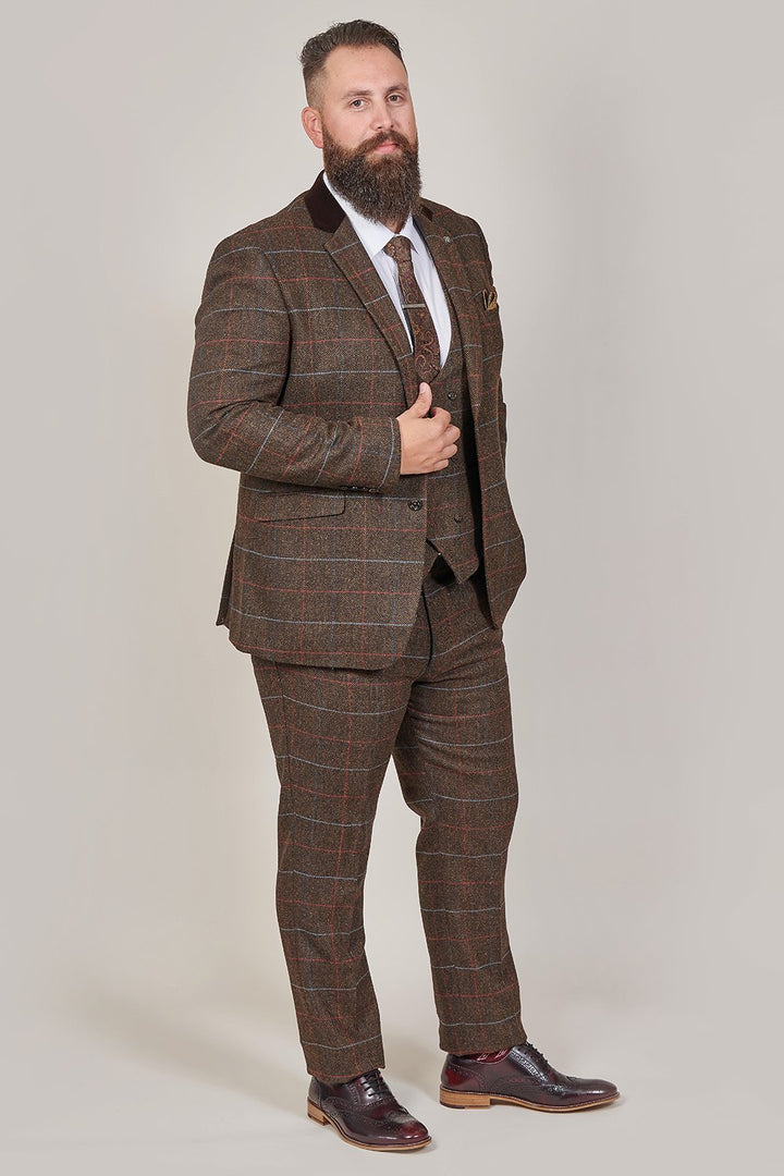 Cavani Tommy Brown Check Tweed Style 3 Piece Suit cavani-tommy-brown-check-tweed-style-blazer / cavani-tommy-brown-check-tweed-style-waistcoat / cavani-tommy-brown-check-tweed-style-trousers