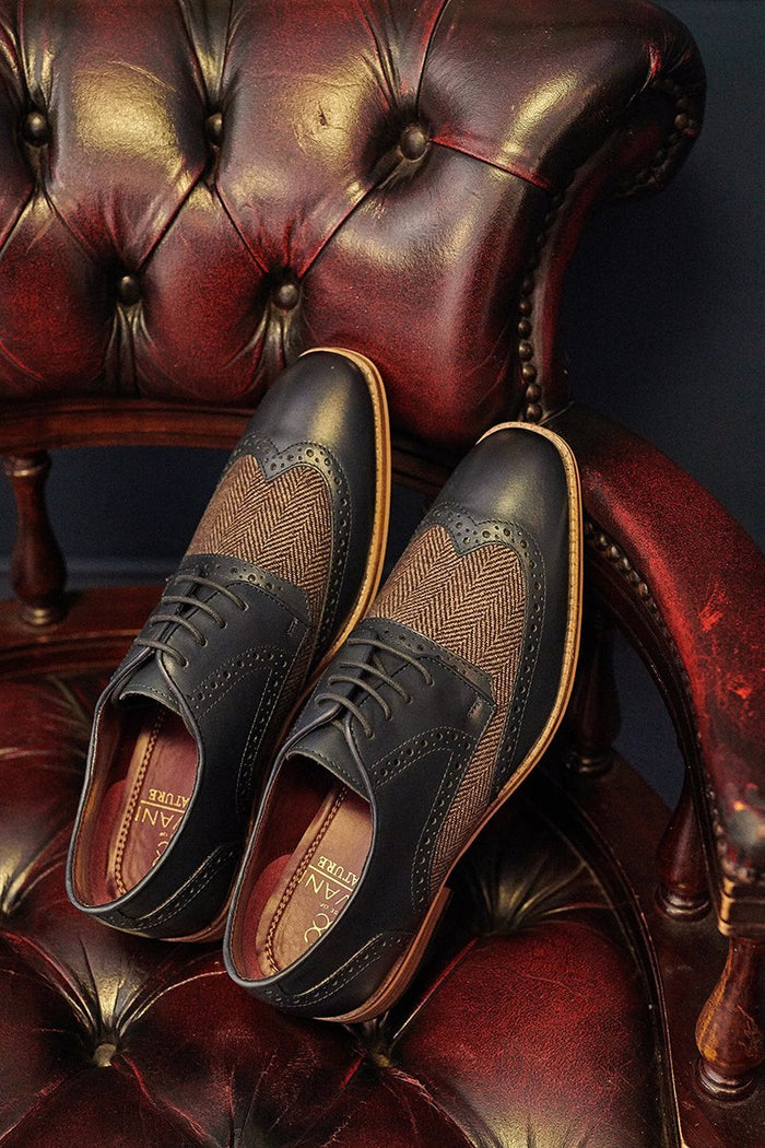 Cavani Cavani William Navy Tweed Brogues £59.99