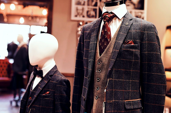 Eton/Gaston Look cavani-callie-grey-checked-blazer / cavani-callie-grey-checked-waistcoat / cavani-callie-grey-checked-trousers