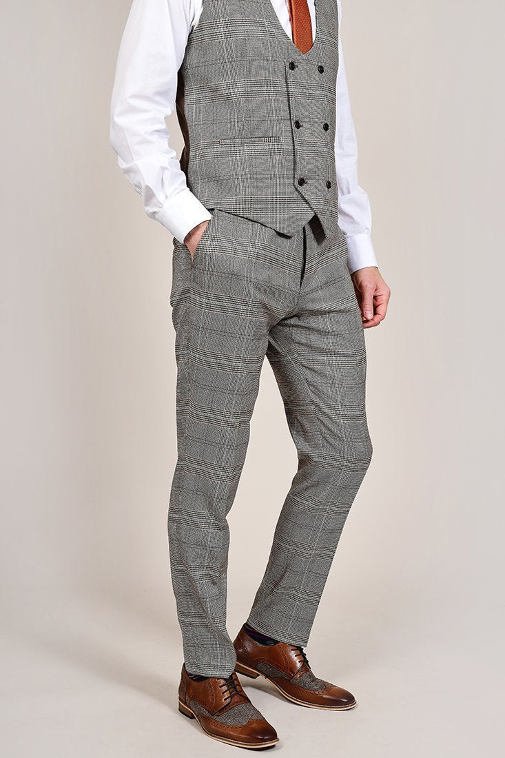 Fratelli Tan Prince Of Wales Check Trousers 30R