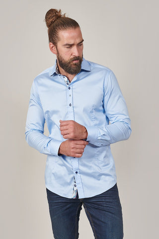 Guide London Guide London Sky Blue Cotton Shirt With Contrast Navy Collar £74.99