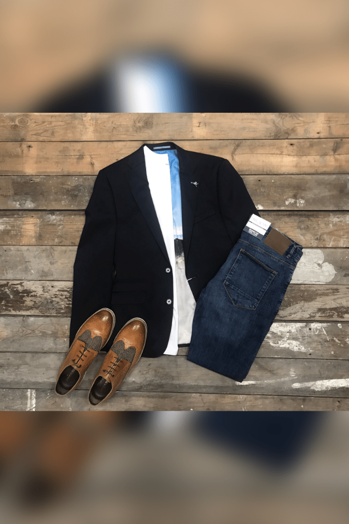 Herbie Frogg and DML Jeans outfit herbie-frogg-navy-cotton-blazer / blend-white-t-shirt / dml-mid-wash-skinny-fit-jeans