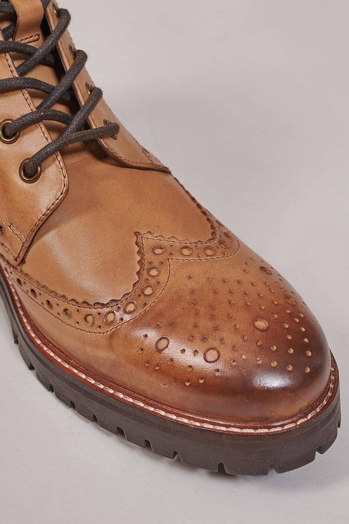 London Brogues London Brogues Billy Tan Brogue Boots £85.00