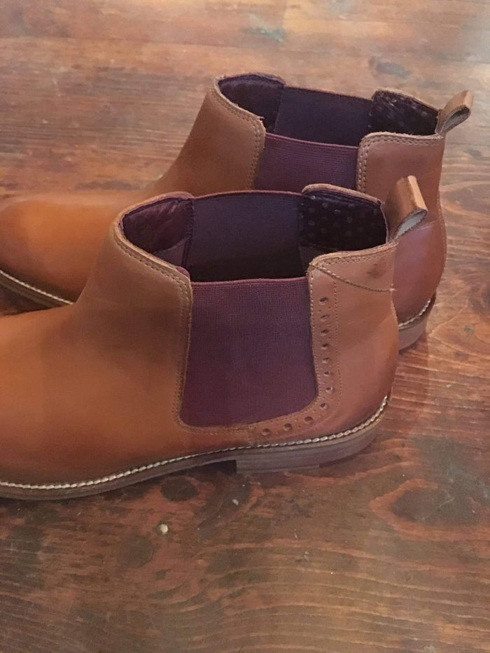 London Brogues Gatsby Tan Chelsea Boot With Hole Punch Detail