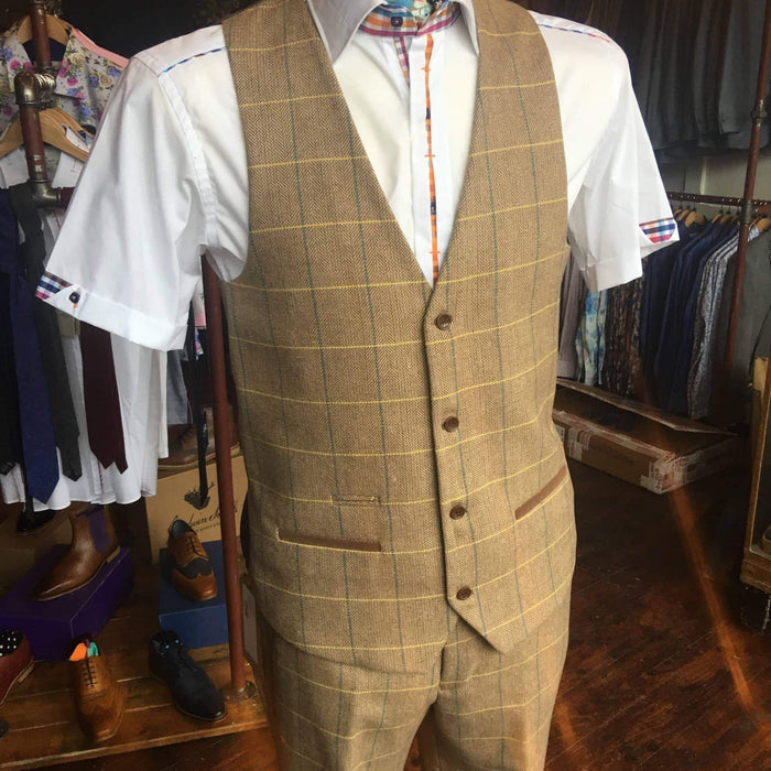 Marc Darcy Marc Darcy DX7 Tweed Herringbone Check Suit Waistcoat - Oak £16.00