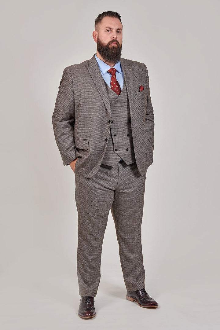 Master Debonair Holmes Tan Houndstooth Tweed 3 Piece Suit master-debonair-holmes-tan-houndstooth-tweed-blazer / master-debonair-holmes-tan-houndstooth-tweed-waistcoat / master-debonair-holmes-tan-houndstooth-tweed-trousers