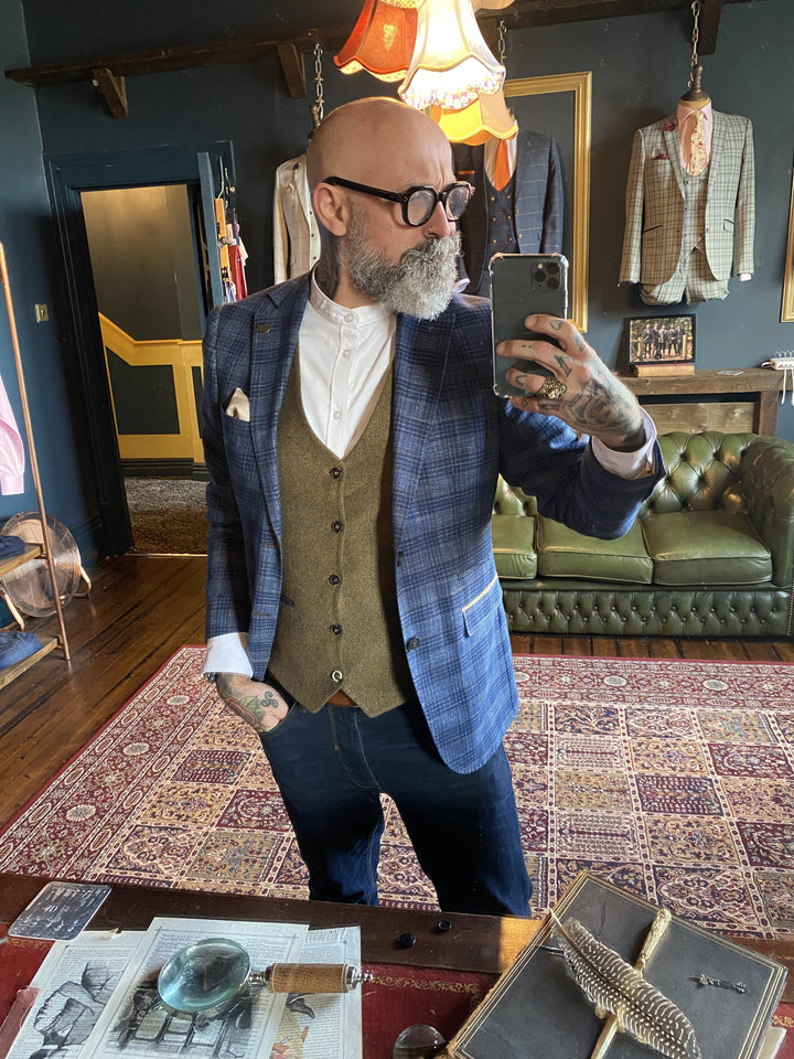 Mix and Match Smart Look fratelli-blue-gold-check-blazer / fratelli-tan-tweed-herringbone-waistcoat / casual-friday-cotton-white-grandad-shirt