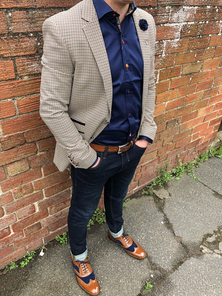 Rob's Wednesday Look cavani-elwood-brown-houndstooth-blazer / guide-london-navy-cotton-shirt-with-multi-coloured-buttons / blend-dark-wash-jeans