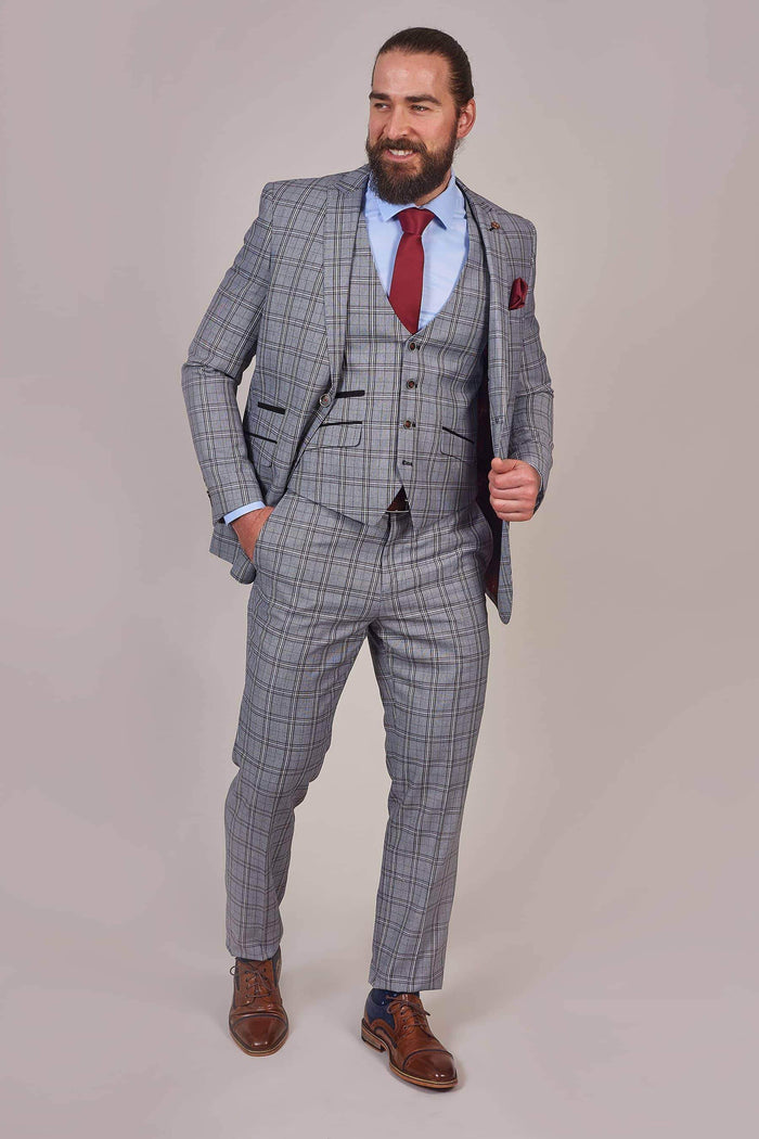 Robert Simon Light Grey Check Waistcoat