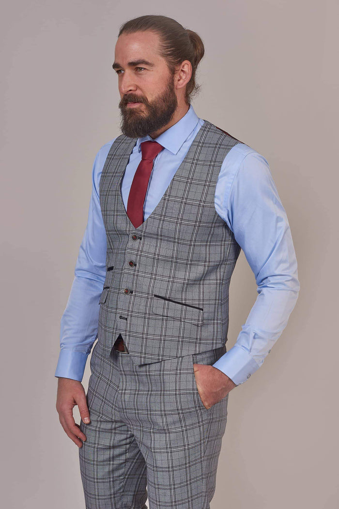 Robert Simon Light Grey Check Waistcoat 36R