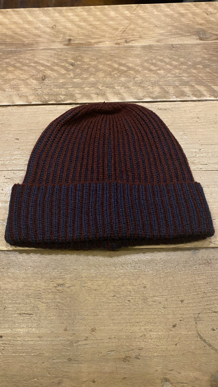 Skopes Kimber Berry Beanie Hat One Size