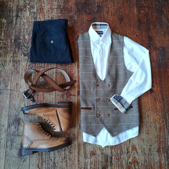 Smart Casual Ted & Chino Look marc-darcy-ted-tweed-herringbone-check-double-breasted-tan- / barbour-headshaw-white-cotton-shirt / blend-navy-chinos