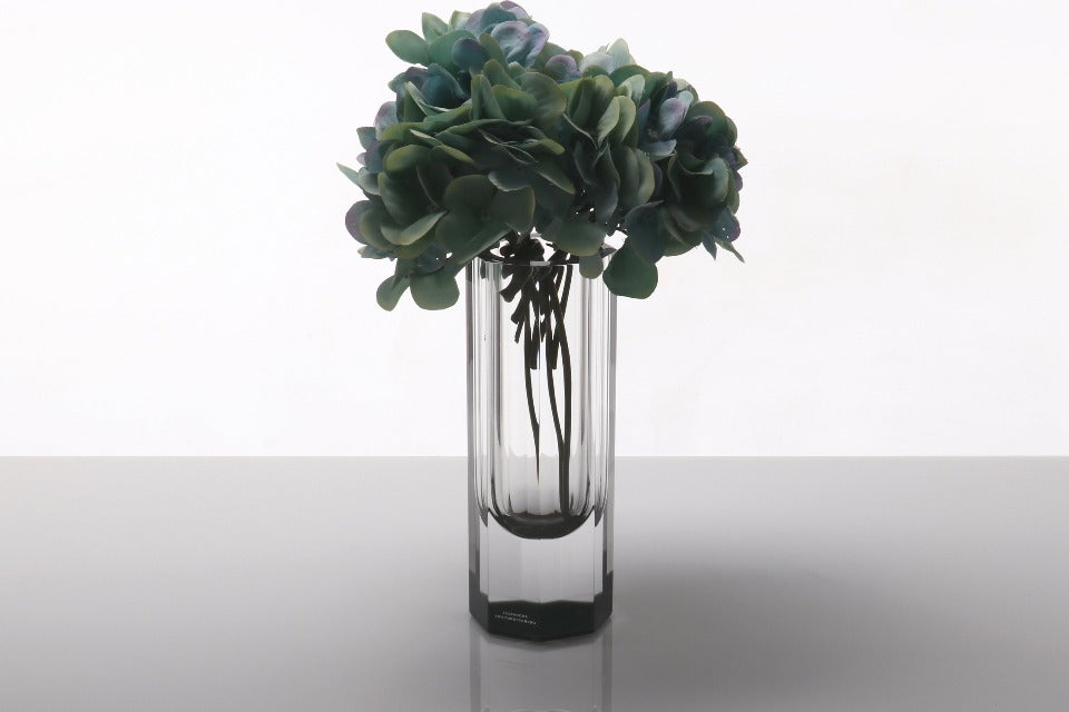 Bolt Vase in Slate Grey