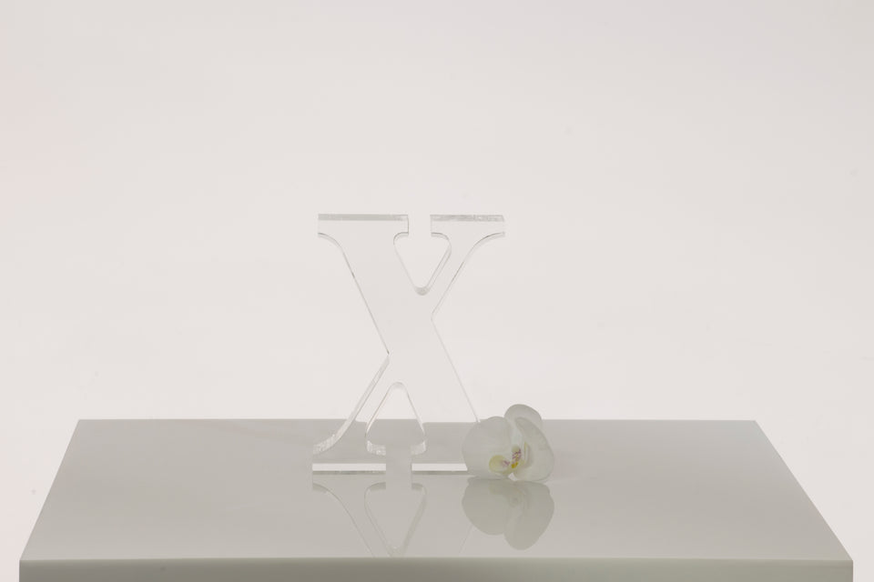 X Objet in Clear, Limited Edition