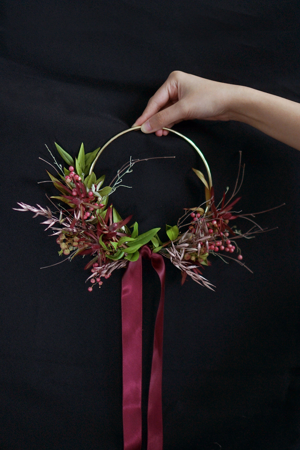 naked wreath: mulled wine