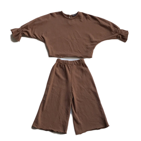 Stylish Play Clothes Set - Brown