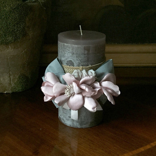"SK Collection Candle ""Sage with Pink Silk Flowers"""