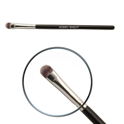 Mommy Makeup | Creme Definer Brush - Eyeshadow Brush