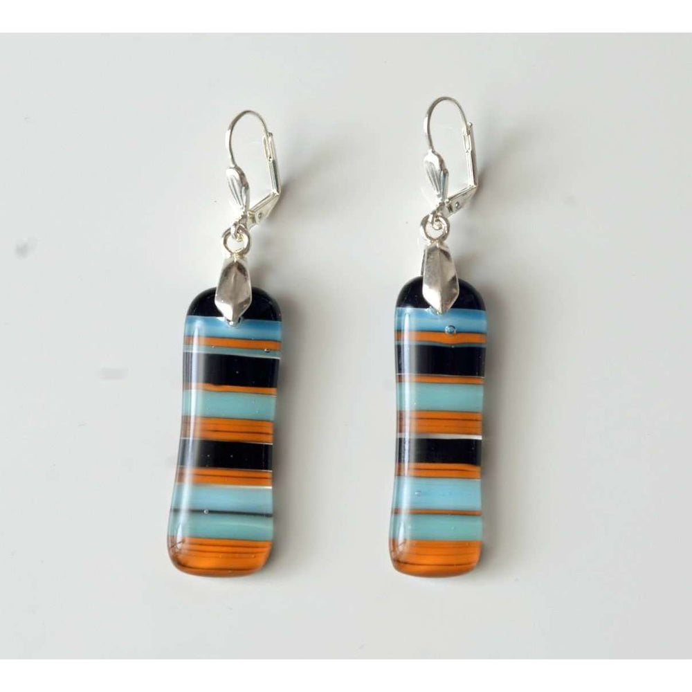 Retro earrings with shades of blue