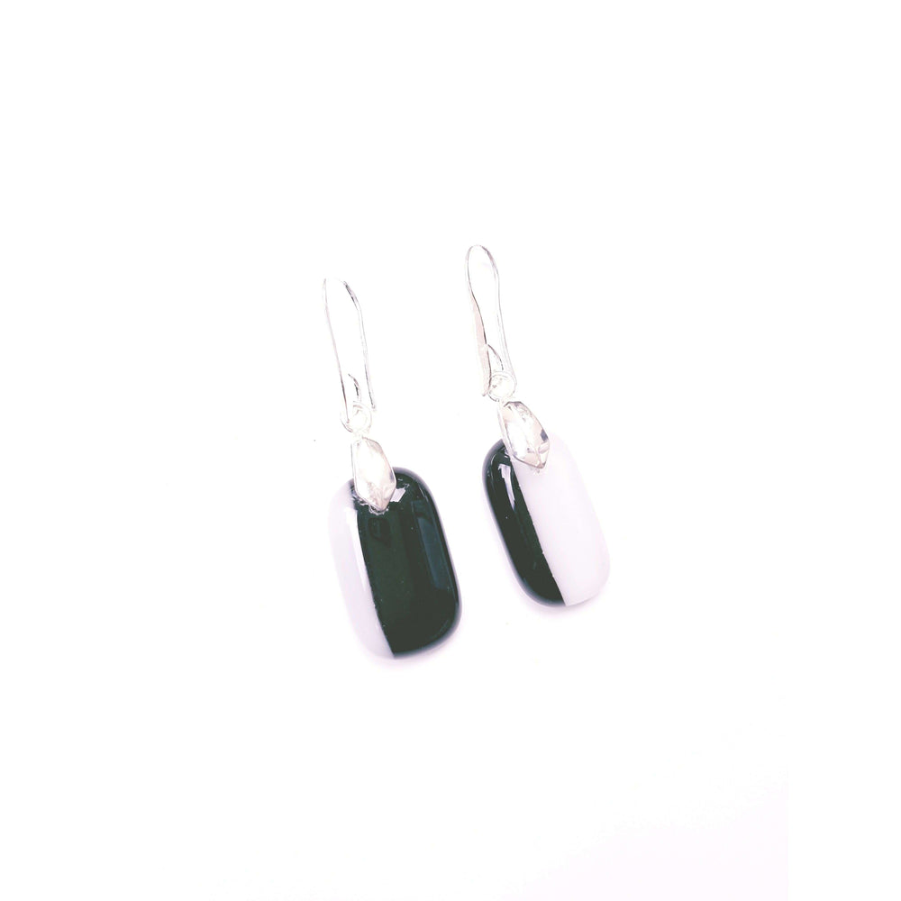 Timeless collection earrings- Black and white