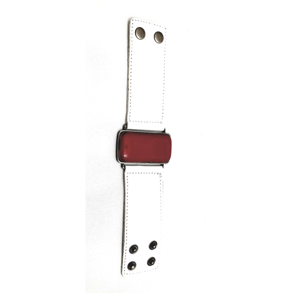 Timeless collection bracelet - White leather strap with red glass