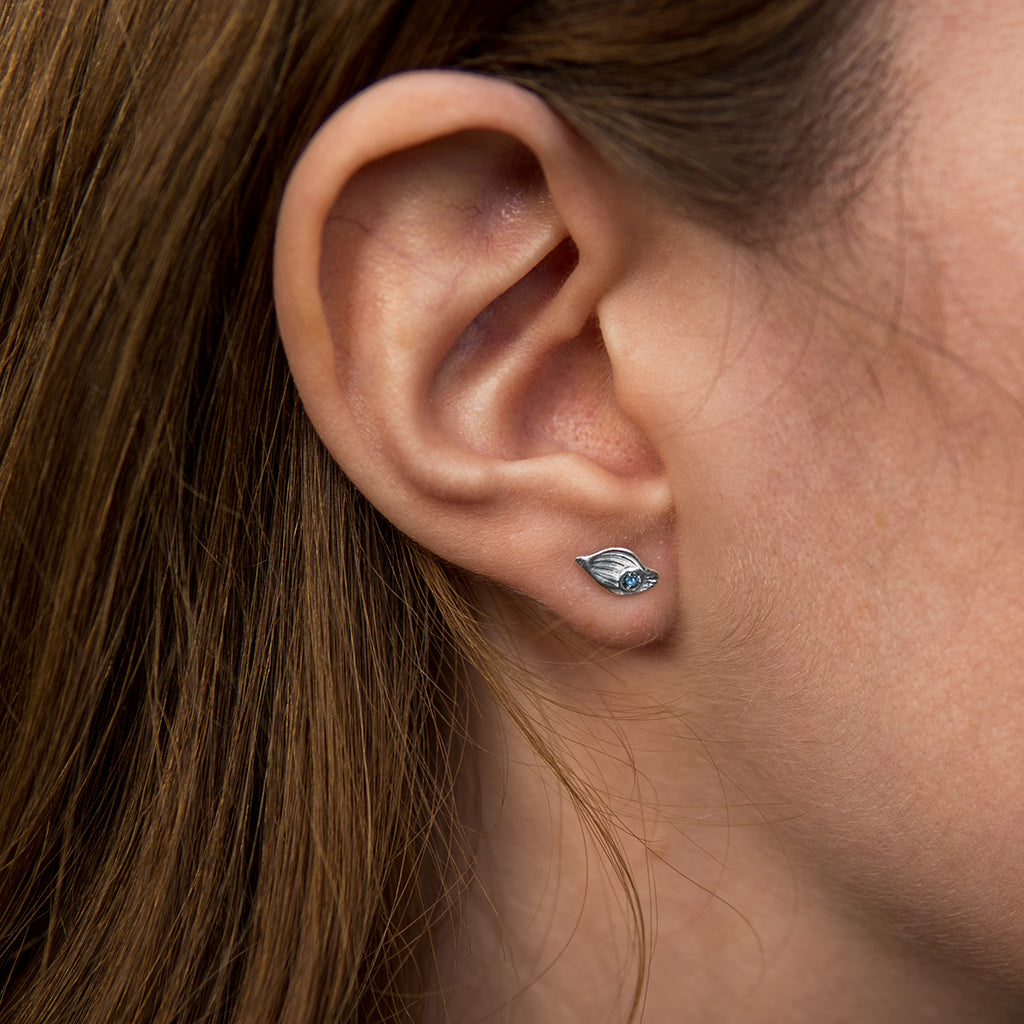Figa Studs with sapphires