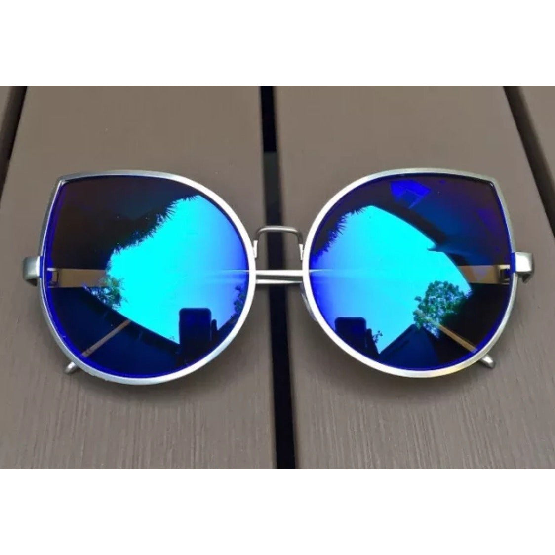 Teardrop Metallic Colored Lens Sunglasses