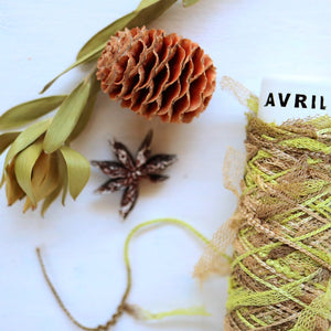 Avril Minicone 3942: Colorful Ribbon: CHAMOMILE