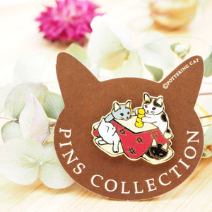 Pottering Cat Pin - Kotatsu