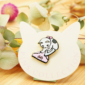 Pottering Cat Pin - Ironing