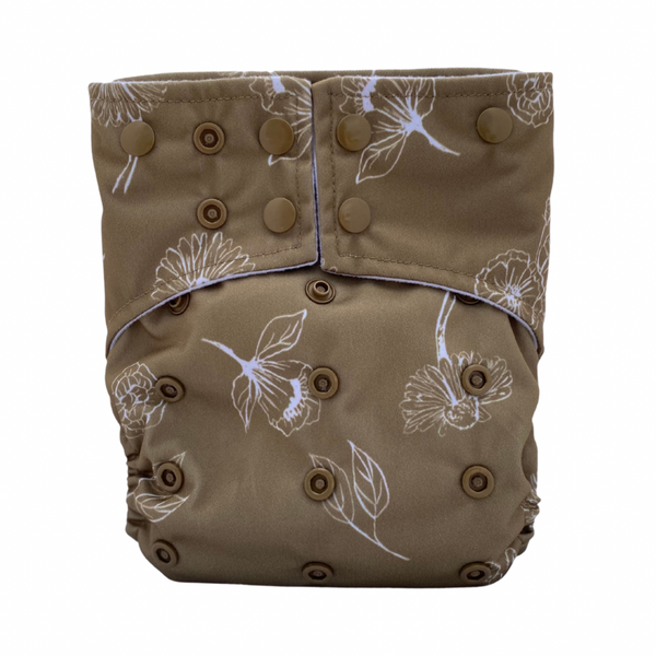 Sassy Pants Nappy with Snaps: Golden Bloom
