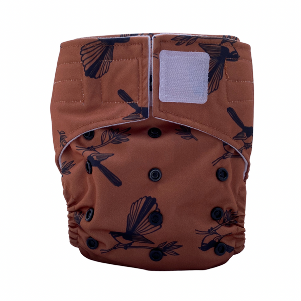 Sassy Pants Nappy with Velcro: Fantails