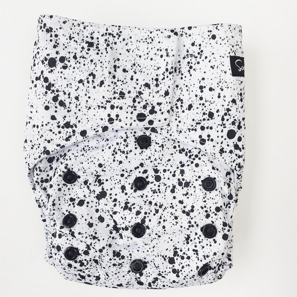 PRESALE Sassy Pants Nappy with Velcro: Speckle