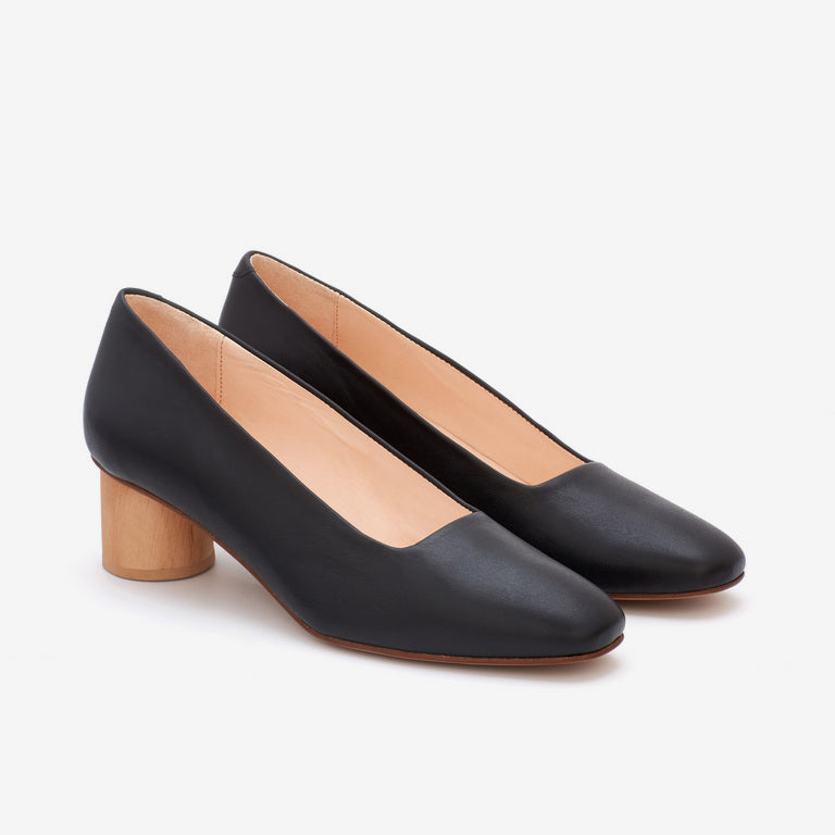 KIIA PUMP BLACK