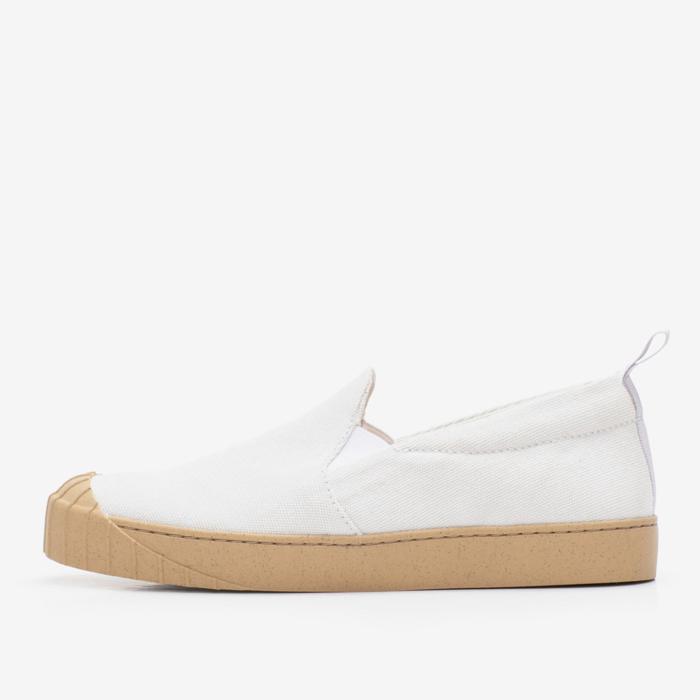 EMMI SLIP-ON WHITE