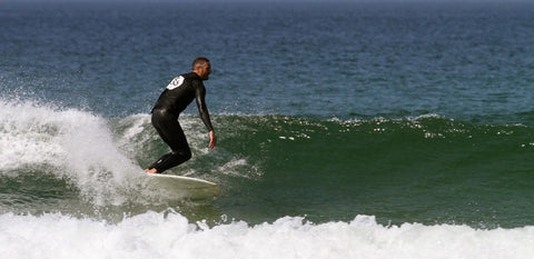 Image of Alex Rowse surfing