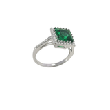 Emigration 925 Sterling Silver & Simulated Emerald Ring