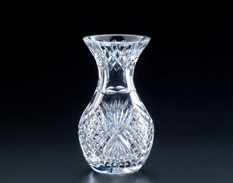Heritage Irish Crystal: Classic Violet Vase (6in) - Hibernian Gifts