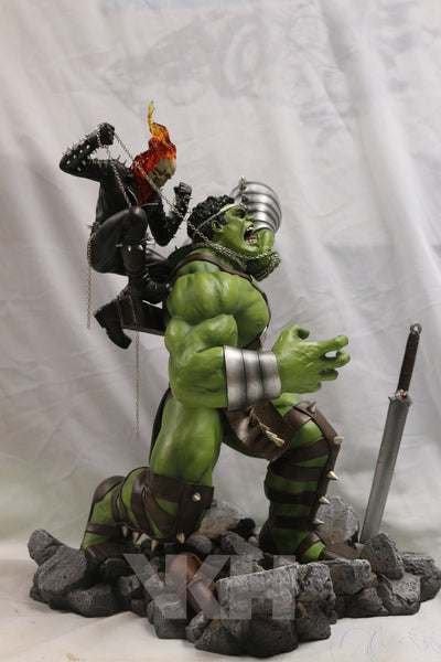 Marvel Comics VKH World War Hulk VS Ghost Rider Resin Statue