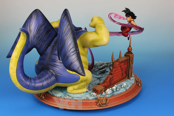 Dragon Ball VKH Goku vs Giran Resin Statue