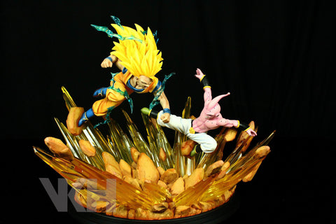 Dragon Ball VKH SSJ3 Goku vs Kid Buu Resin Statue