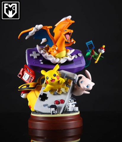 Pokemon - MFC Studios - Nintendo Game Boy with Charizard / Pikachu / Mew Resin Statue