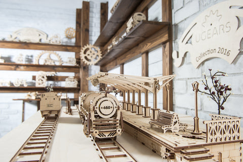 UGears Mechanical Models Train and Platform