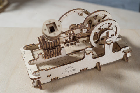 The UGears Engine Model