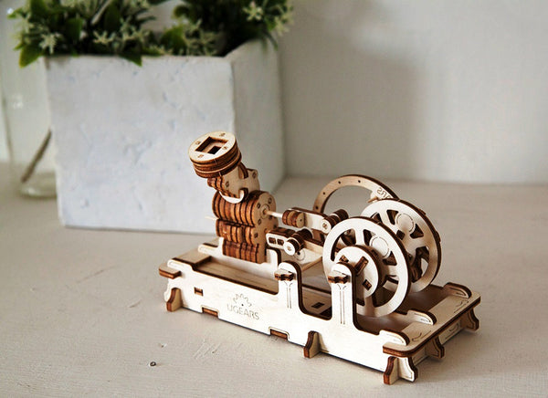 Engine - build your own working model by UGears - UGears - 8