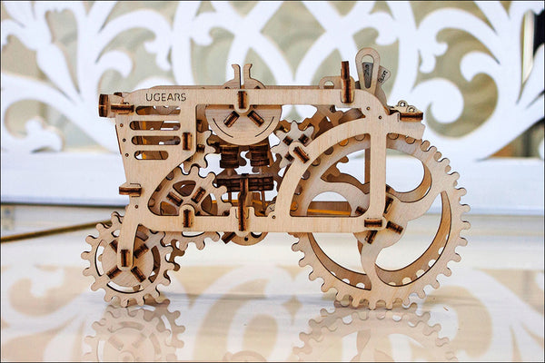 Tractor - build your own moving model by UGears - UGears - 7