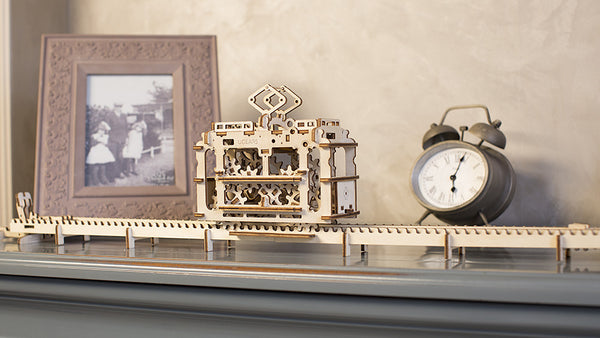 Tram - build your own moving model by UGears - UGears - 4