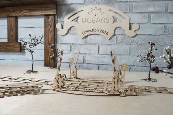 Rails and Crossing - build your own working model by UGears - UGears - 3