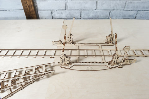 Rails and Crossing - build your own working model by UGears - UGears - 1